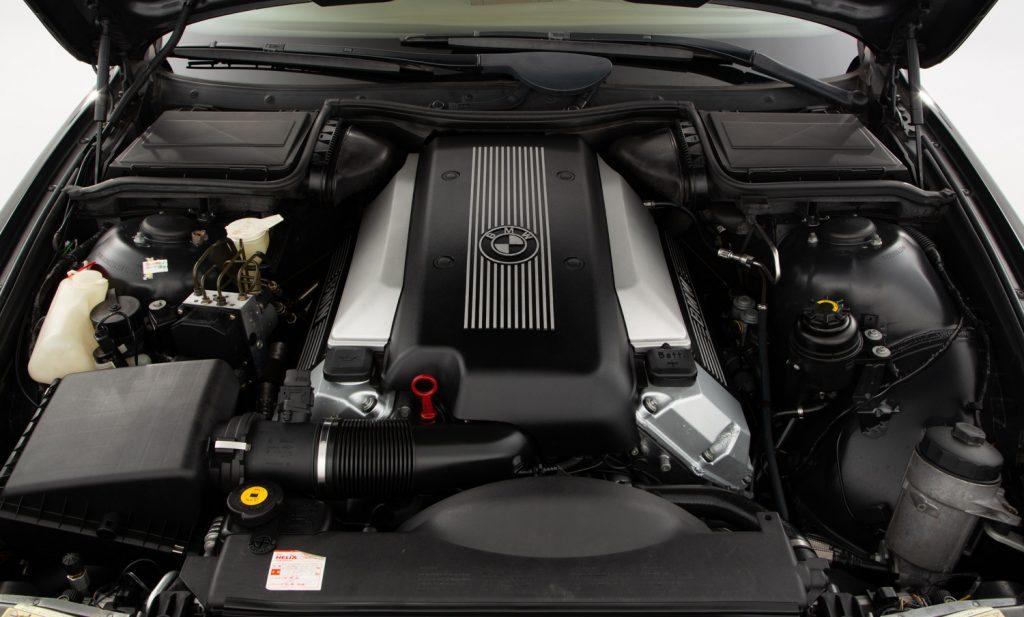 BMW 540i Sport For Sale - Engine and Transmission 3