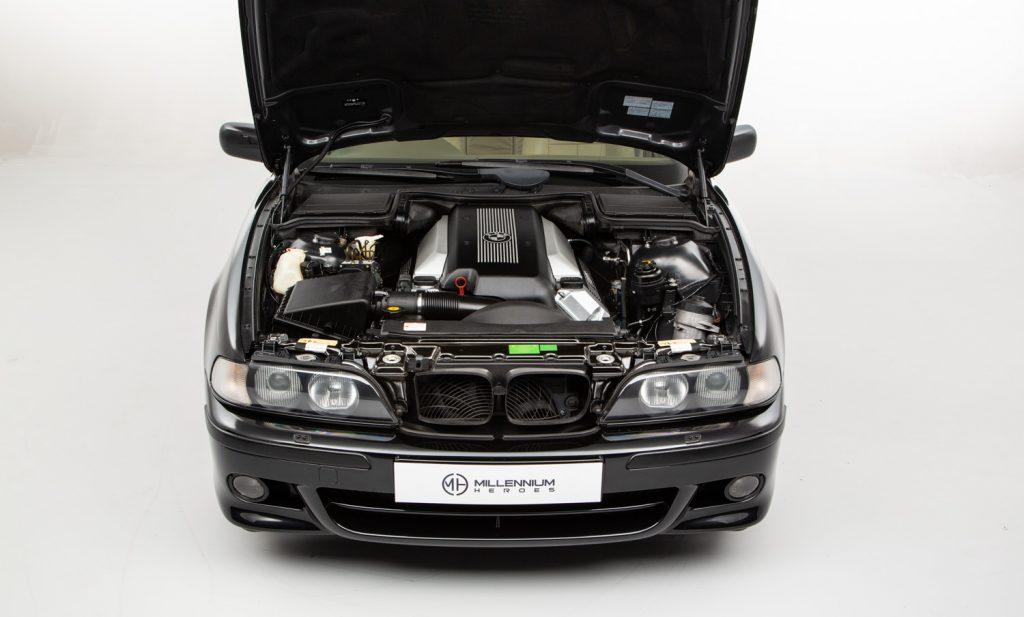 BMW 540i Sport For Sale - Engine and Transmission 1