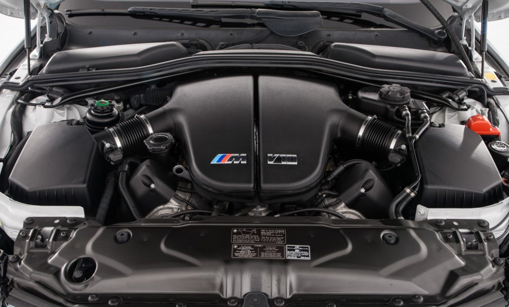 BMW E60 M5 For Sale - Engine and Transmission 1