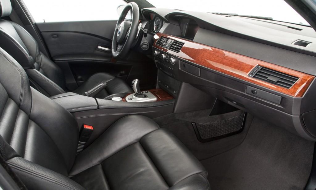 BMW E60 M5 For Sale - Interior 1