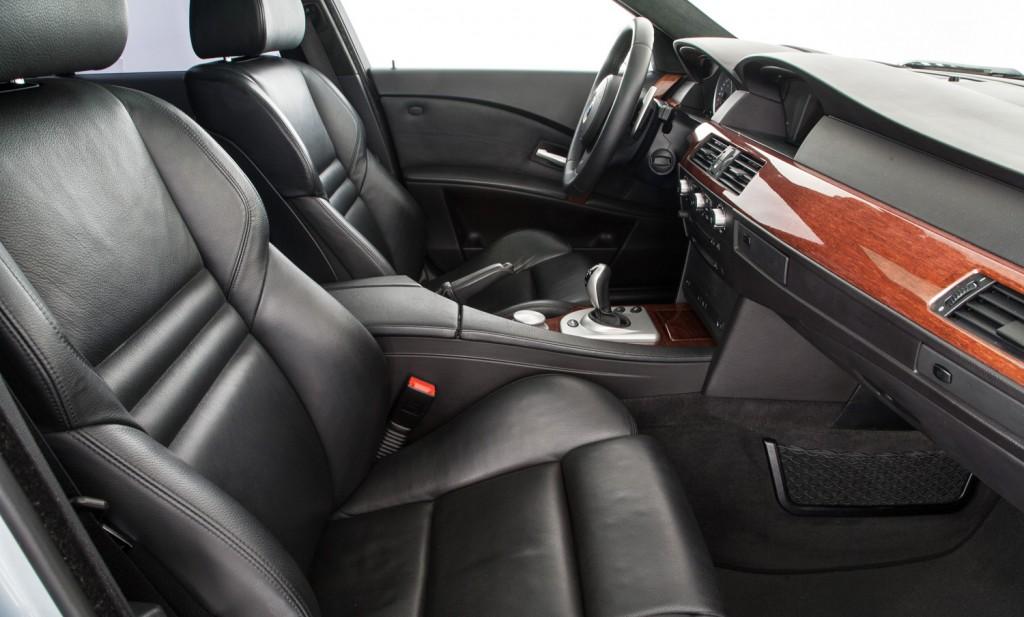 BMW E60 M5 For Sale - Interior 2