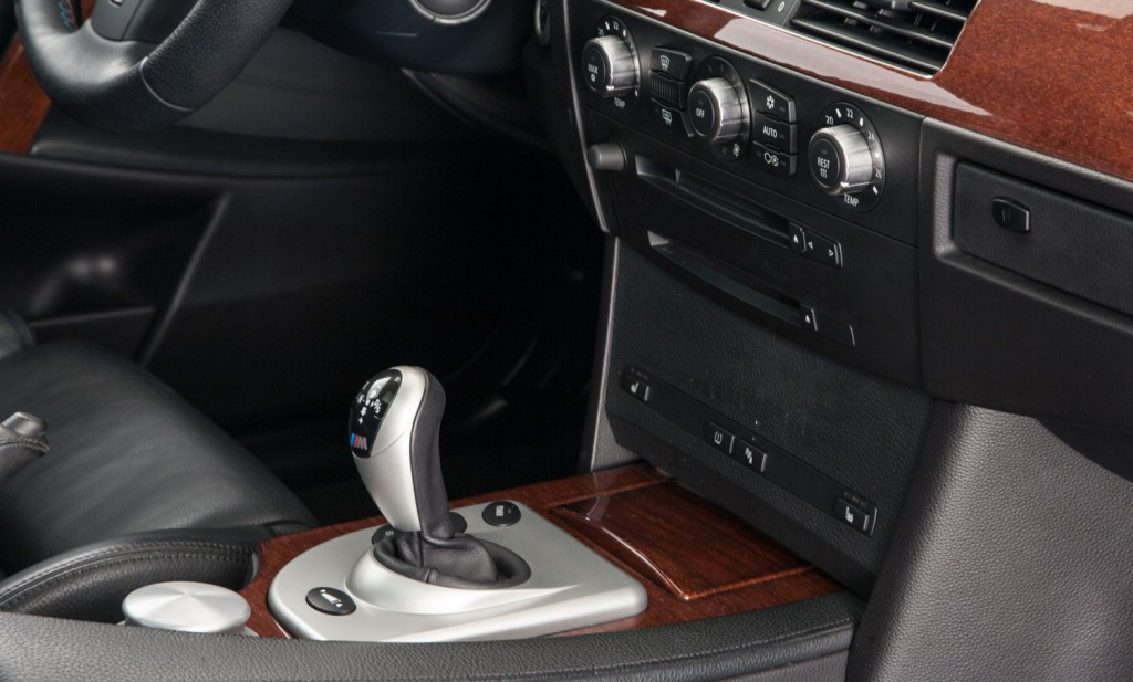 BMW E60 M5 For Sale - Interior 6